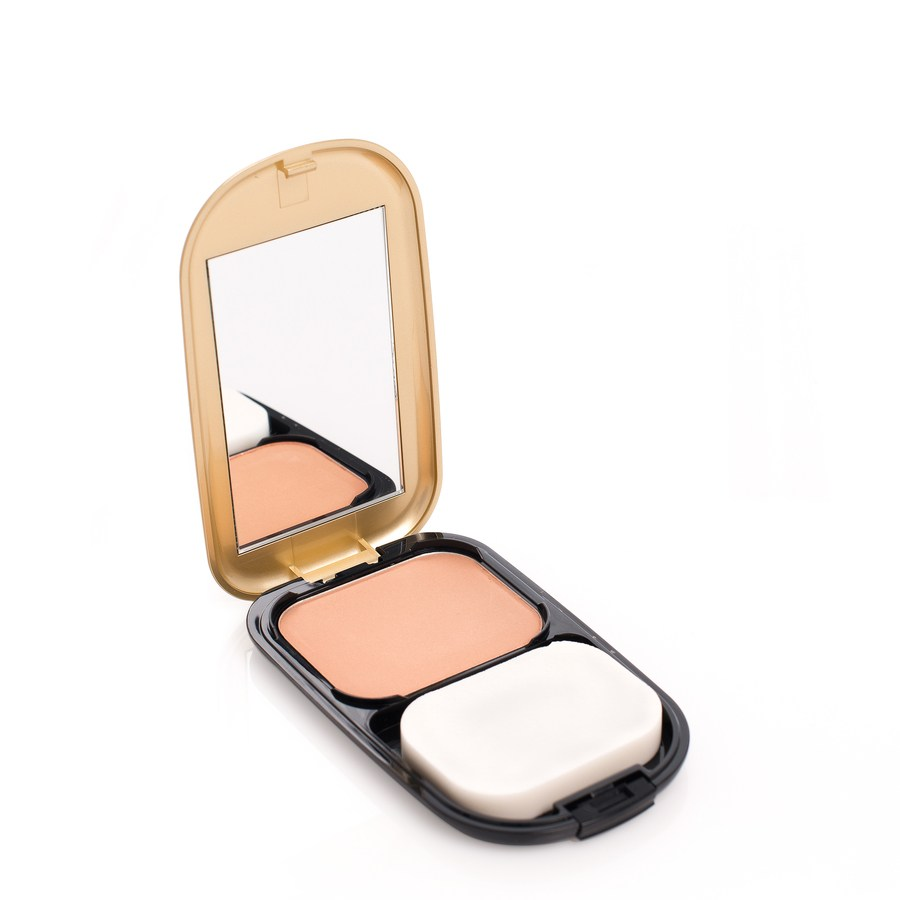Max Factor Facefinity Compact Foundation Bronze 07 10g